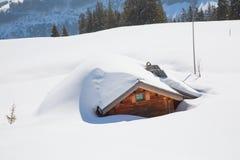 De winter in alpen royalty-vrije stock afbeeldingen
