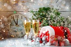 De winter background Nieuwjaar` s speelgoed Gelukkig Nieuwjaar en Vrolijke Kerstmis Stock Foto's