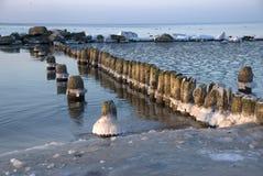 De winter bij de kust royalty-vrije stock fotografie