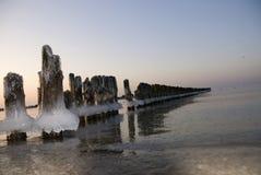 De winter bij de kust Stock Afbeeldingen
