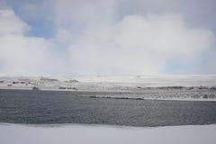 De winter bij Kaldbakur-meren. Stock Afbeelding
