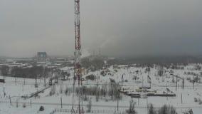 De winter communicatie toren stock footage