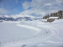 De winter in de alpen stock foto's