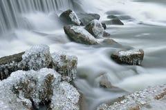 De winter, de Cascade van de Rivier van het Konijn Stock Foto's