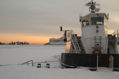 De winter in de haven Stock Afbeeldingen