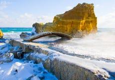 De winter houten brug Stock Foto