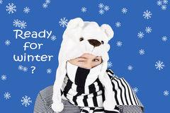De winter knipoogt met ijsbeerhoed Royalty-vrije Stock Foto