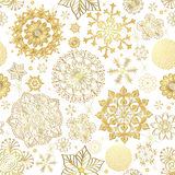 De winter naadloos patroon met gouden sneeuwvlokken Stock Foto's