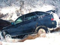 De winter van de autoneerstorting Royalty-vrije Stock Afbeeldingen