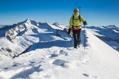 De winteralpinisme Stock Foto