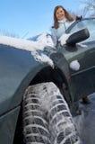 De winterauto van de vrouw Royalty-vrije Stock Fotografie
