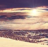 De winterbergen Stock Afbeeldingen