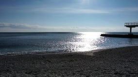 De winterbranding in de Zwarte Zee stock footage