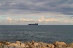 De winterhemel boven de Middellandse Zee royalty-vrije stock foto's