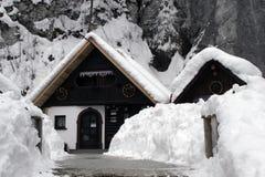 De winterhuis stock afbeeldingen