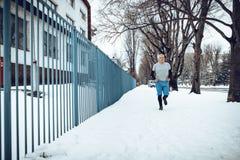 De winterjogging stock afbeelding