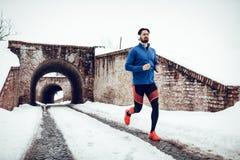 De winterjogging royalty-vrije stock afbeeldingen