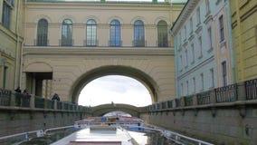 ` De winterkanaal `, St. Petersburg, Rusland stock footage