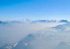 De winterlandschap, bergenmening Stock Afbeeldingen