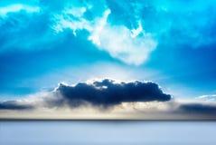De winterlandschap cloudscape in motie stock afbeelding