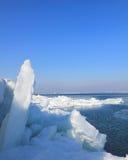 De winterlandschap in de baai van Odessa stock foto's