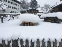 De winterlandschap in Goldegg, Oostenrijk Stock Foto's