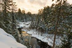 De winterlandschap iof een wildernispark Royalty-vrije Stock Afbeeldingen