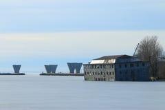 De winterlandschap in Neva Bay royalty-vrije stock afbeeldingen