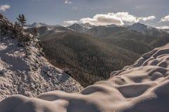 De winterlandschap van de panoramaberg Royalty-vrije Stock Afbeeldingen