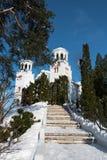 De winterlandschap van het Klisuraklooster, Bulgarije Stock Foto