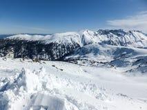 De winterlandschap van Todorka-piek, Bulgarije Stock Fotografie