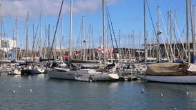 De wintermening van Haven Vell in Barcelona stock video