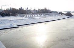 De wintermening van het Hof van Yaroslav in Veliky stock afbeeldingen