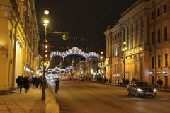 De winternacht in de stad Stock Fotografie