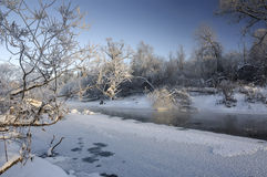 De winterrivier Royalty-vrije Stock Afbeeldingen