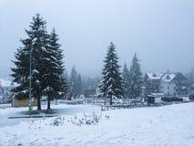 De winterscène in Poiana Brasov Stock Afbeeldingen