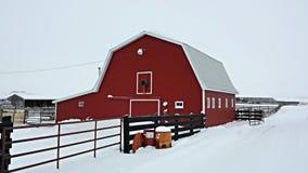 De winterschuur Stock Foto's