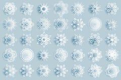 De de wintersneeuwvlokken vatten van het jaarpictogrammen van meetkundecristmas nieuwe van het ontwerpelementen het malplaatje ve stock illustratie