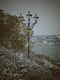 De wintersprookjesland op de kust royalty-vrije stock afbeeldingen