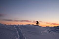 De tijd van de avond in bergen Royalty-vrije Stock Foto's