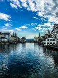 De wintertijd in Zürich royalty-vrije stock foto's
