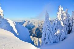 De winterverhaal op berg Stock Fotografie