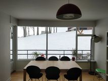 De winterwoonkamer stock fotografie