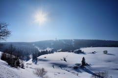 De winterzon in Erzgebirge Stock Afbeelding