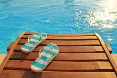 De wipschakelaars op houten sunbed stock foto