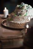 De witte cake van het huwelijk Stock Foto's