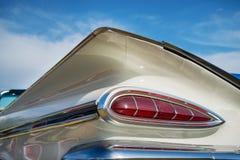 De witte Convertibele Impala van Chevrolet van 1959 Stock Afbeelding
