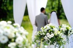 De witte decoratie van het bloemenhuwelijk royalty-vrije stock foto's