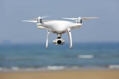 De witte helikopter van de hommelvierling Stock Fotografie