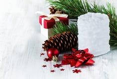 De witte kaars van Kerstmis Stock Fotografie